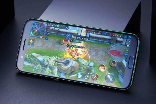 0 Представлен игровой смартфон Xiaomi Black Shark с водяным охлаждением