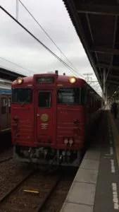 IMG 1177 169x300 - 四国の観光列車②「伊予灘ものがたり」