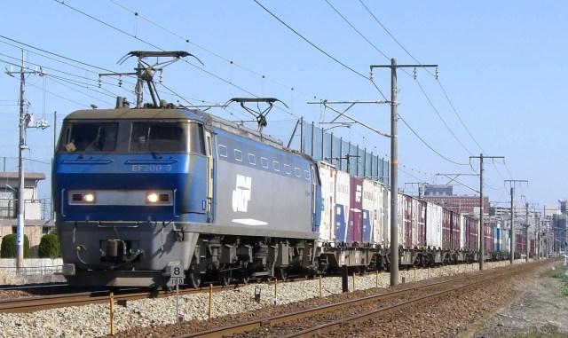 EF200 9 1024x609 - 最強機関車EF200、遂に引退!