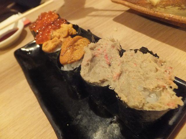 いくら、うにと・・・なんだっけ?:寿司アカデミーランチ
