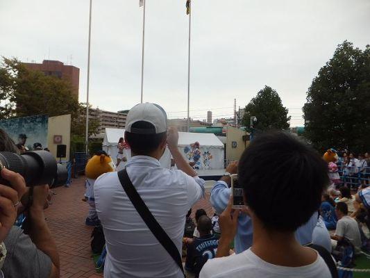 dianaの公演:横浜スタジアム試合前