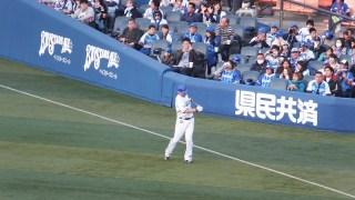 試合前に念入りにアップを繰り返す:横浜DeNAベイスターズ:ジェイミーロマック