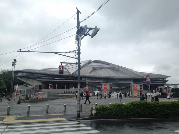 女子バレーを応援に東京体育館へ!