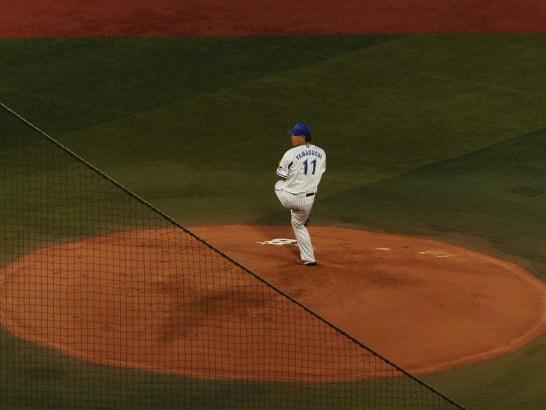 今季3度目の完封勝利を決めた山口俊投手