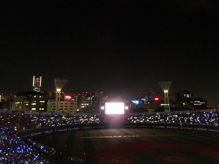 スターナイト映像が流れる:横浜スタジアム