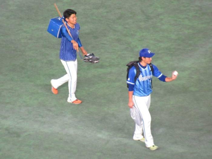 砂田投手と今永投手:東京ドーム