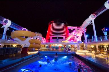 Disney Fantasy Donald's pool