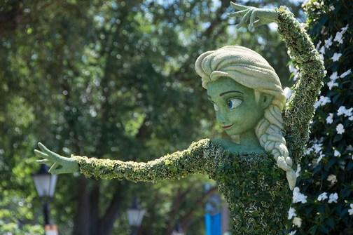 Elsa topiary