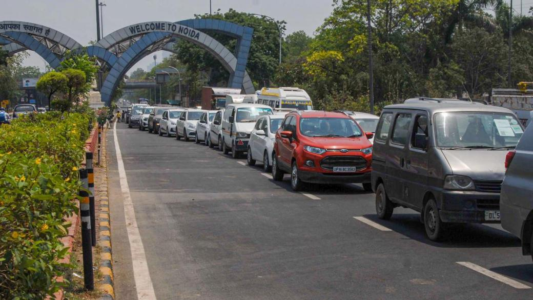 Noida bans travel from Delhi after UP govt allows traffic movement ...