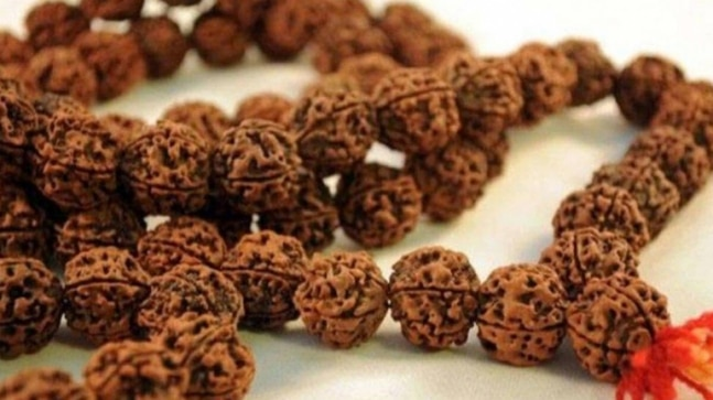 Rudraksha beads: Scientific health benefits and how to wear it ?
