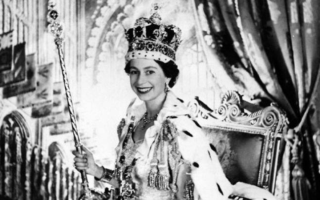 Queen Elizabeth Ii Was Crowned On This Day In 1953 Few