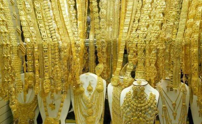 Gold Prices Hit Record High Of Rs 35 970 Silver Rates Surge
