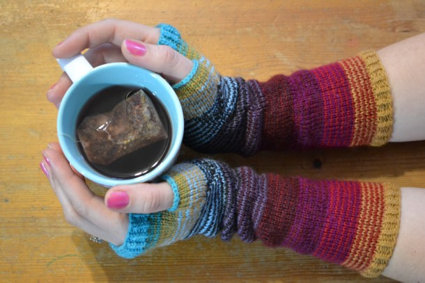 Scrunchy Ombre Arm Warmers by Amanda Schwabe