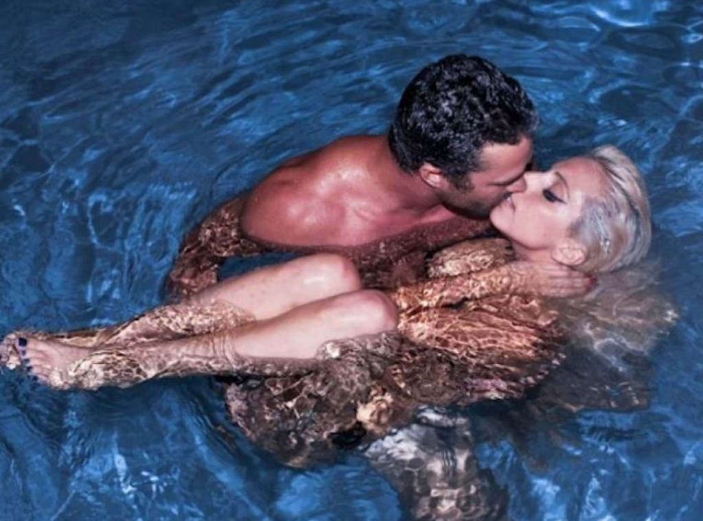 Lady Gaga And Taylor Kinney Broke Up Know About Her Love