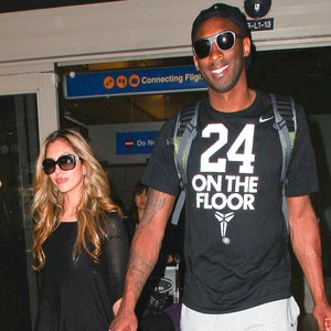 Vanessa Bryant Pregnant With Third Child See Kobe S Wife
