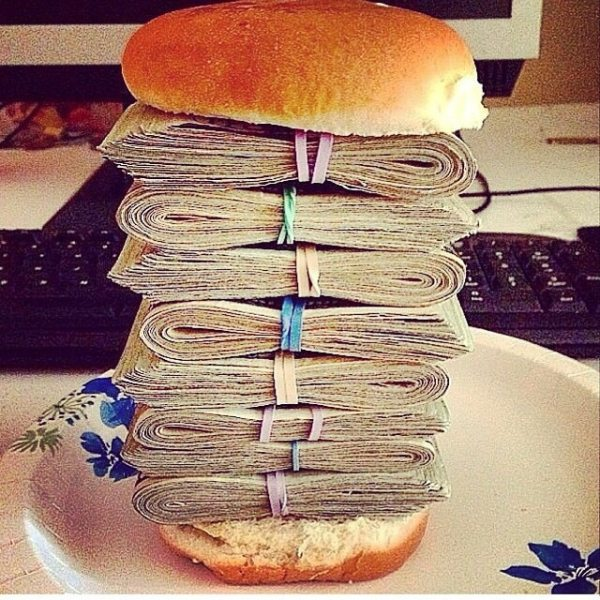 Money Sandwich from Keeping Up With the Kardashian Family