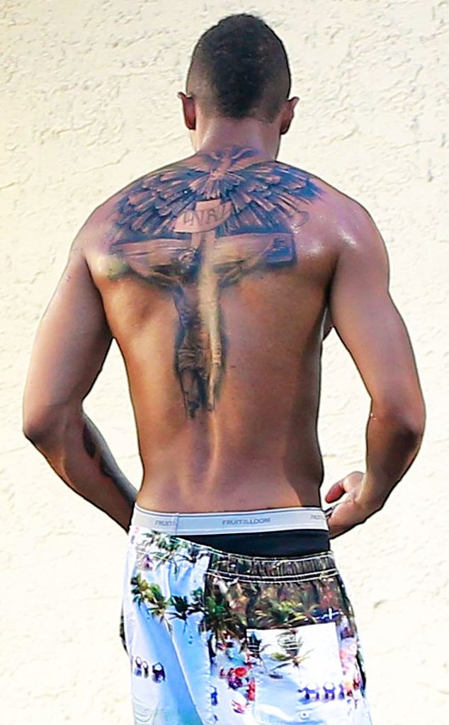 Nick Cannon Tattoo Cover Up : cannon, tattoo, cover, Cannon, Covers, Mariah, Carey, Tattoo, Online