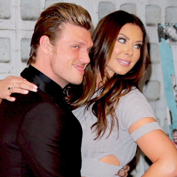 Nick Carter Grabs His Wife's Butt. Shows Off Crazy PDA at Backstreet Boys Documentary Premiere - E! Online