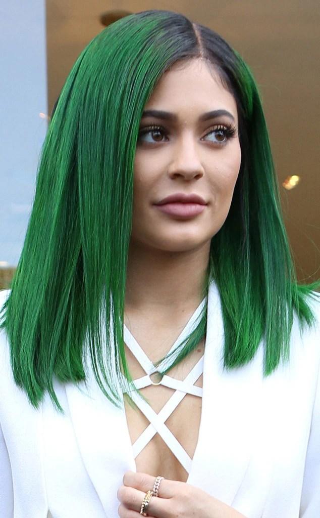 kylie jenner unveils dark green