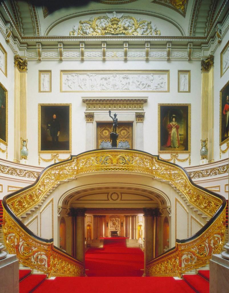 Take a Peek Inside London's Buckingham PalaceSee Where