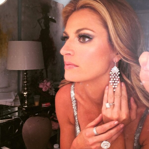 Is Erin Andrews Engaged Get All The Details On Her