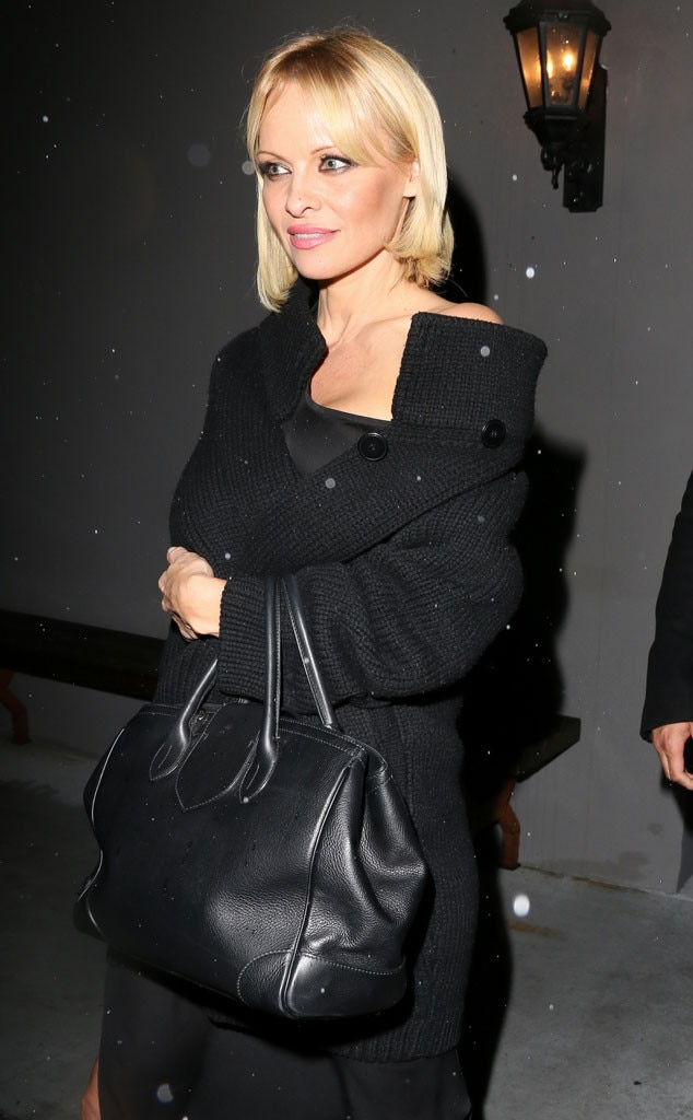 Pamela Anderson Debuts Bob With Bangs HairstyleSee Her