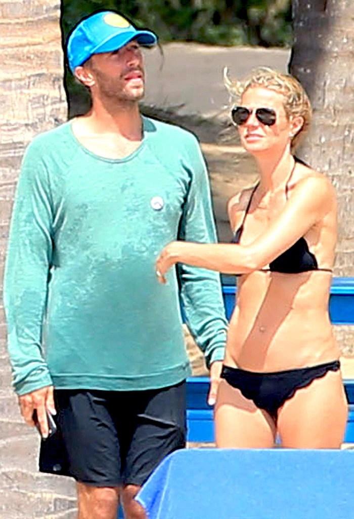 Gwyneth Paltrow  Chris Martin Enjoy Spring Break Mexican GetawaySee the Actress Killer Bikini