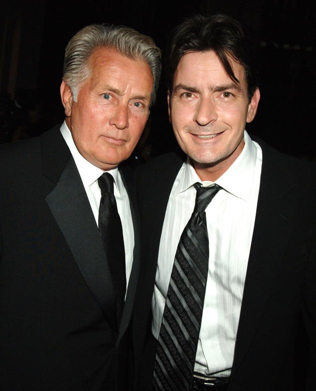 Charlie Sheens Father Martin Sheen Speaks Out About Sons Hiv Announcement I Couldnt Believe The Level Of Courage