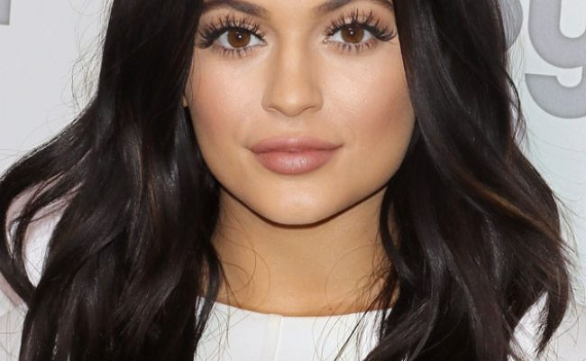 Kylie Jenner Talks Lips Mistake 9 Things She S Said About