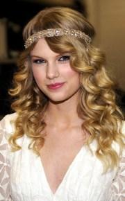 2009 taylor swift's hair evolution