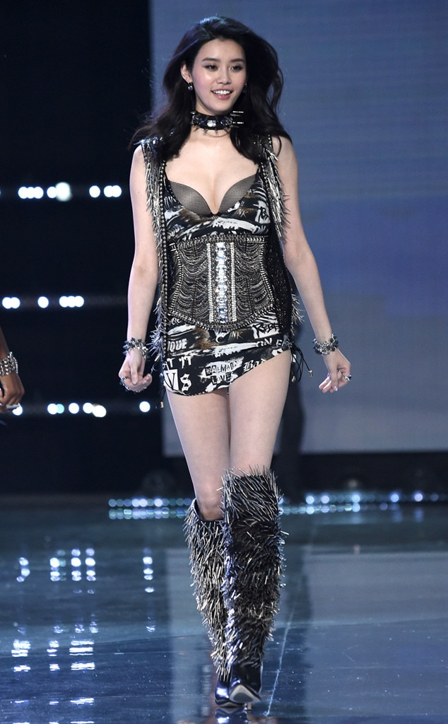 watch victoria s secret fashion show online