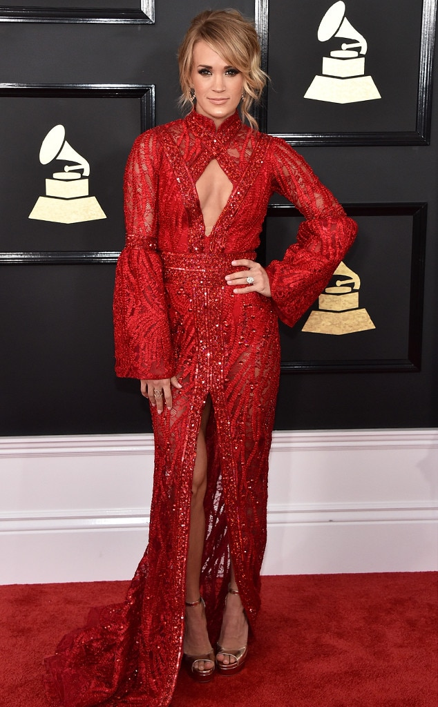 Grammys 2017 Red Carpet Arrivals  Carrie Underwood, 2017 Grammys, Arrivals