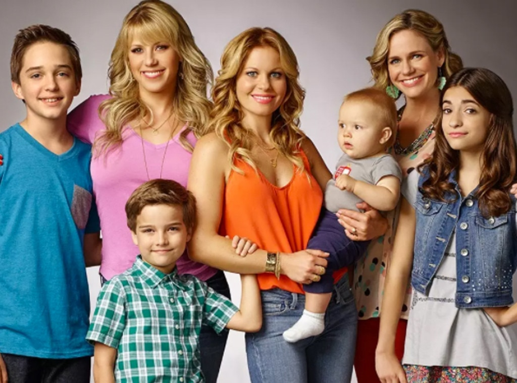 Fuller House Renewed For Season 4 E News
