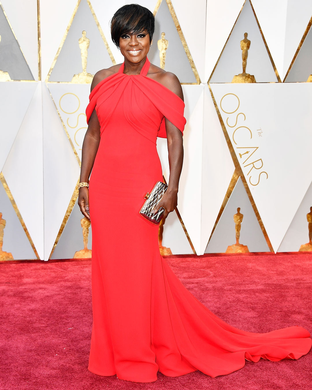 https://i0.wp.com/akns-images.eonline.com/eol_images/Entire_Site/2017126/rs_1080x1350-170226165527-1080.Viola-Davis-Oscars-Hollywood.kg.022617.jpg