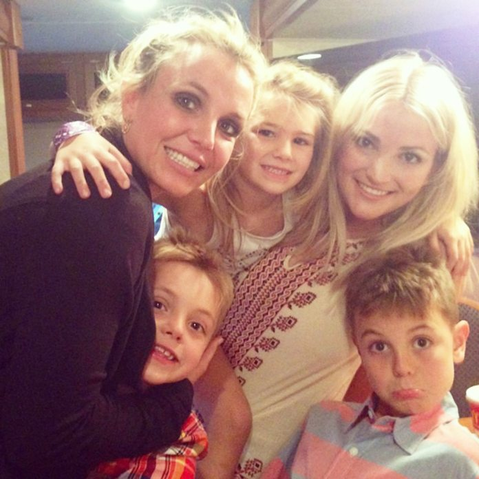 Jamie Lynn Spears Reflects on ''Almost Losing'' Daughter Maddie ...