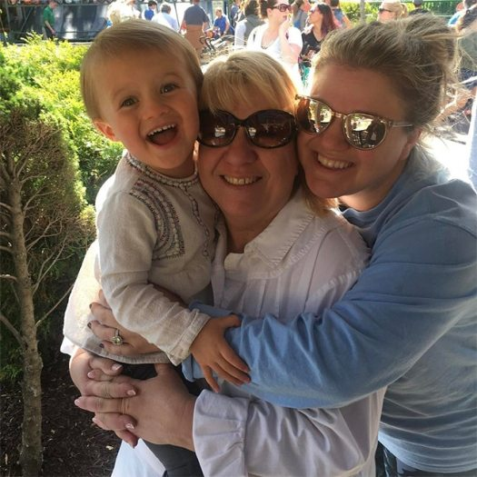 Kelly Clarkson, Mother, Daughter, River Rose, Mother's Day 2017
