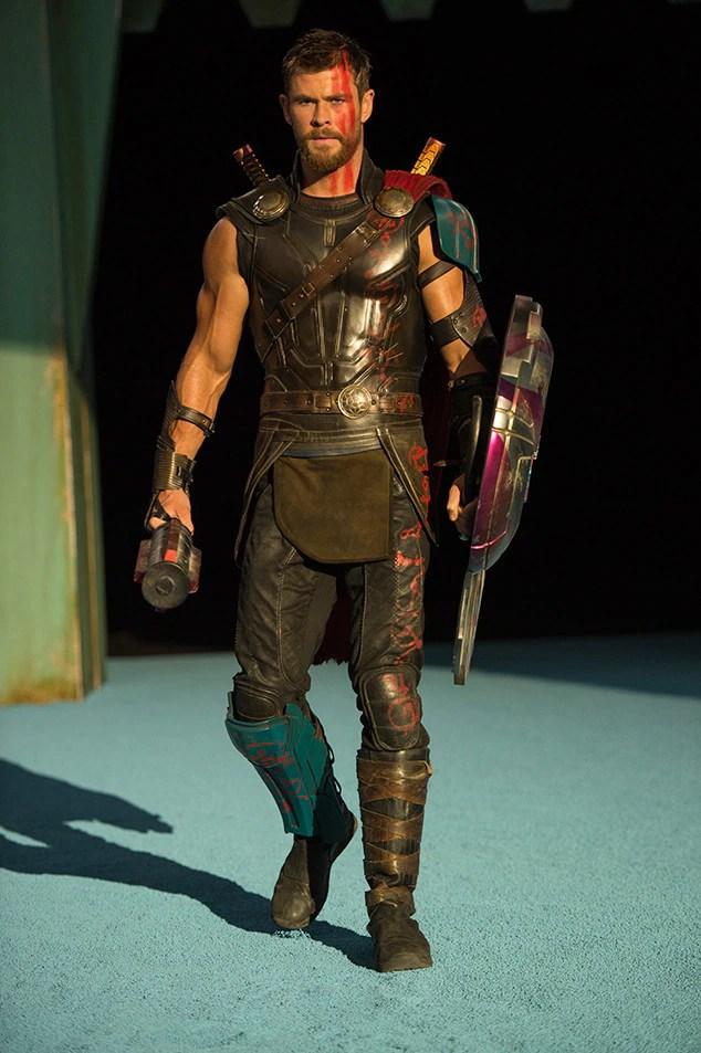 Earning His Stripes from Thor Ragnarok Movie Pics  E News