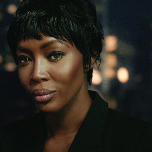 Watch Naomi Campbell Lip Synch For H M Like A Pro E News