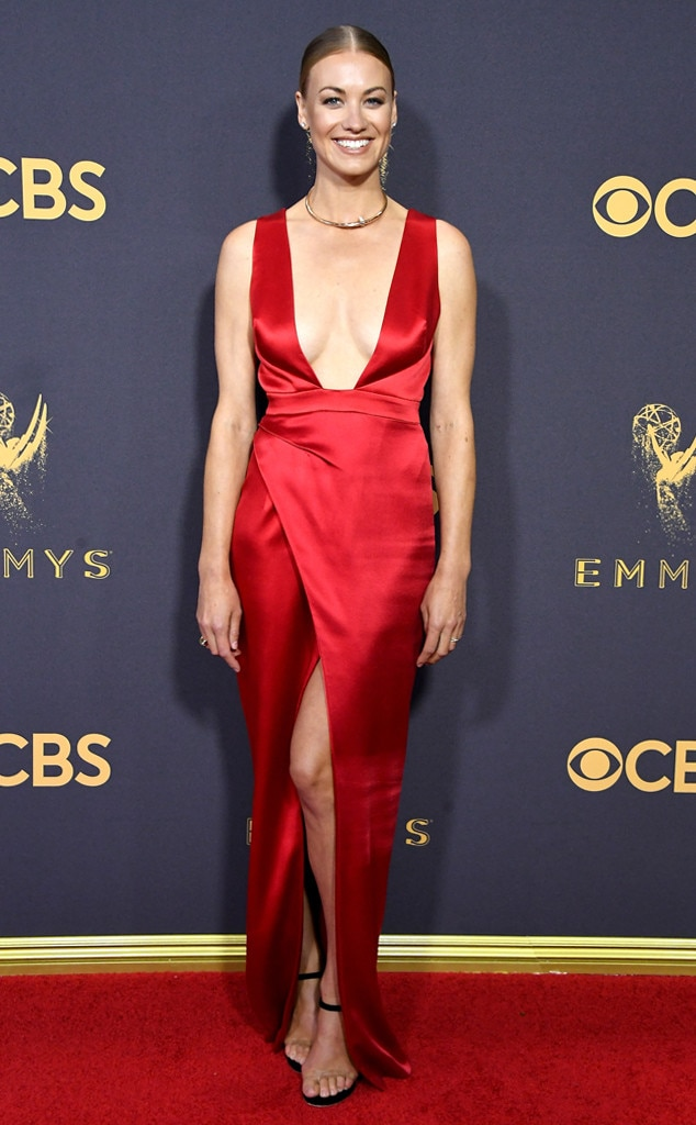 Yvonne Strahovski, 2017 Emmy Awards, Arrivals