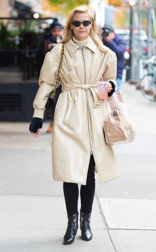 ESC: Street Style, Jaime King