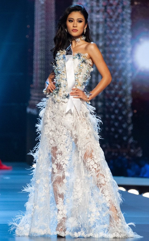 Miss China from Miss Universo 2018 Competencia en traje