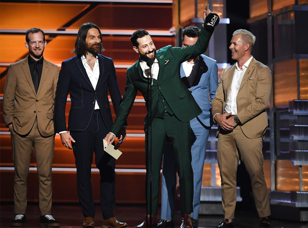 Old Dominion, Academy of Country Music Awards 2018, Show