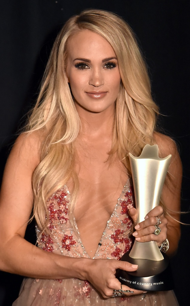 Carrie Underwood, Academy of Country Music Awards 2018, Backstage