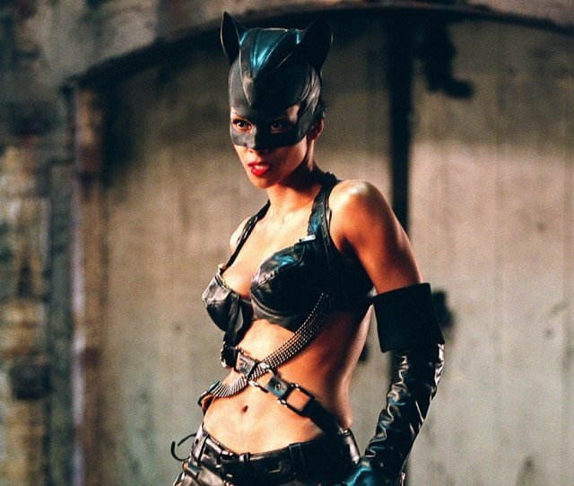 Halle Berry Doesnt Regret Catwoman Thanks To Her Hefty Paycheck