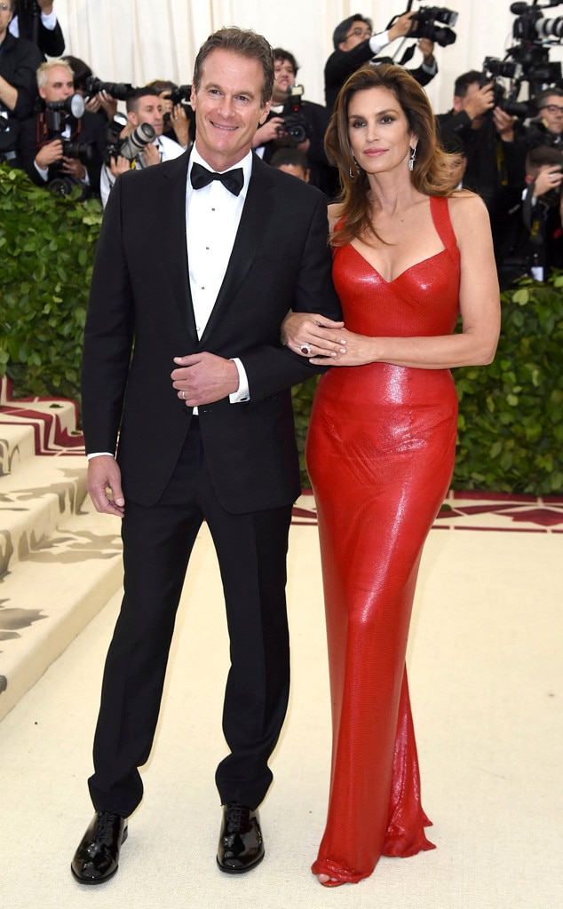 RANDE GERBER & CINDY CRAWFORD- Couples at the 2018 met gala awards