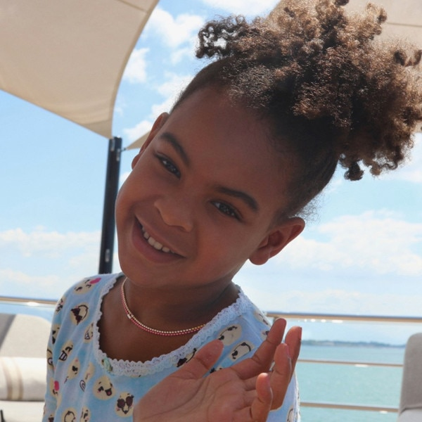 t believe how similar she blue ivy