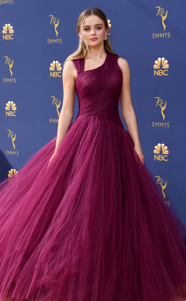 Joey King, 2018 Emmys, 2018 Emmy Awards, Red Carpet Fashions