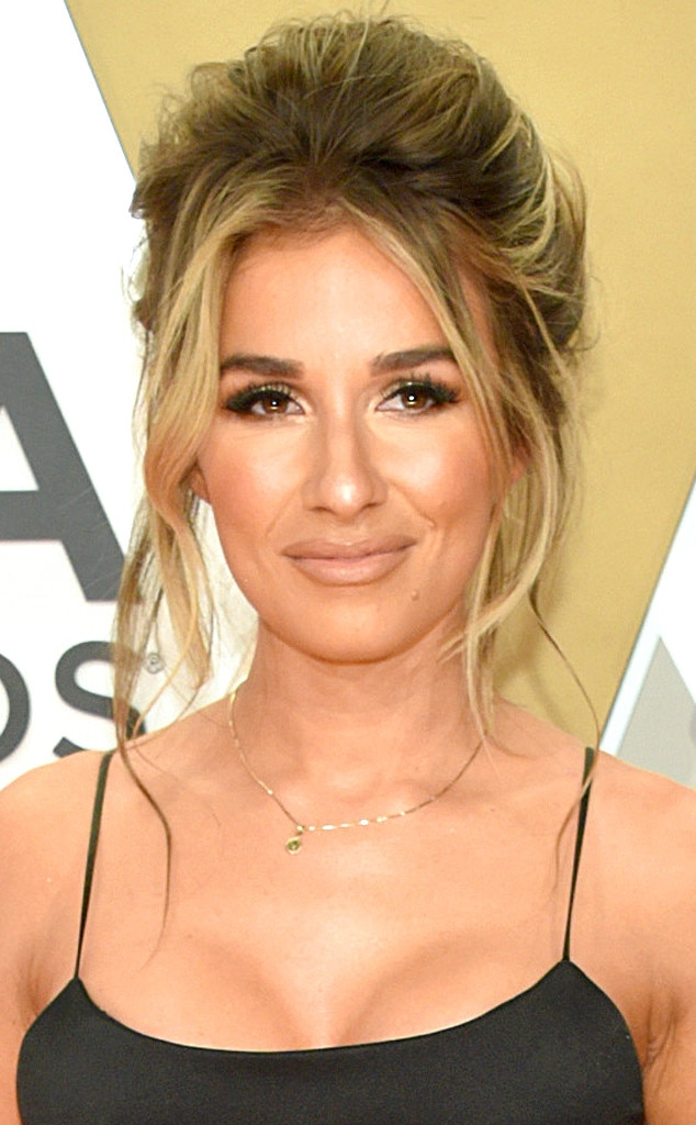 Jessie James Decker Makeup : jessie, james, decker, makeup, Jessie, James, Decker's, Awards, Beauty, Supermodel, Vibes, Online
