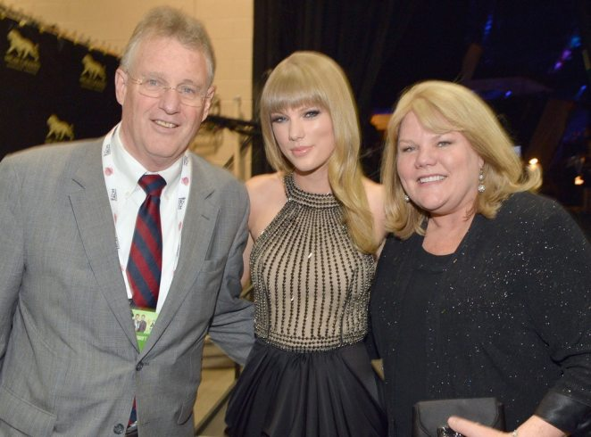 Image result for taylor swift family