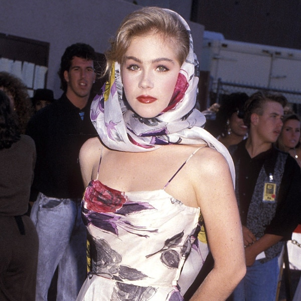 Relive 20 Years Of Christina Applegate S Style Evolution E News